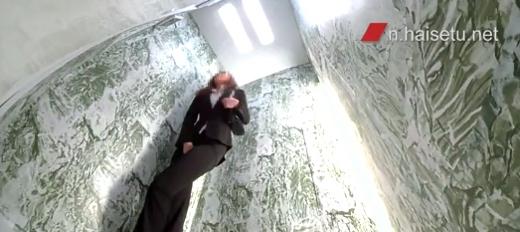 エレベーターの中でおしっこ我慢7