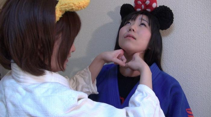 女子柔道絞め技失神15