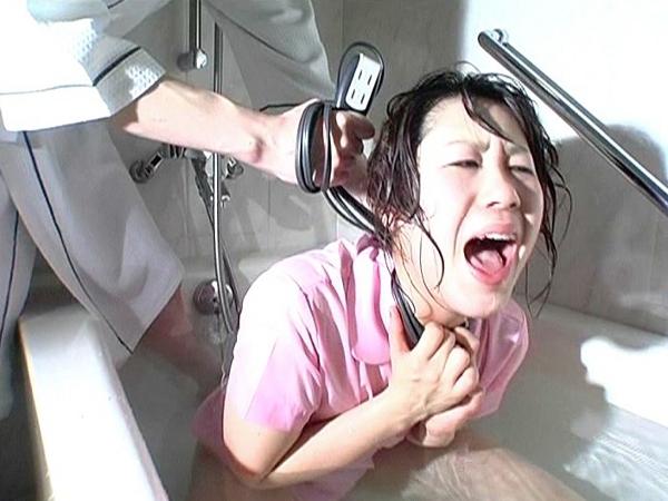 女子高生が首を締められ白目失神14