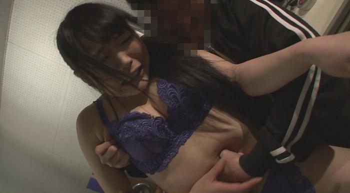 美少女腹パンチ7
