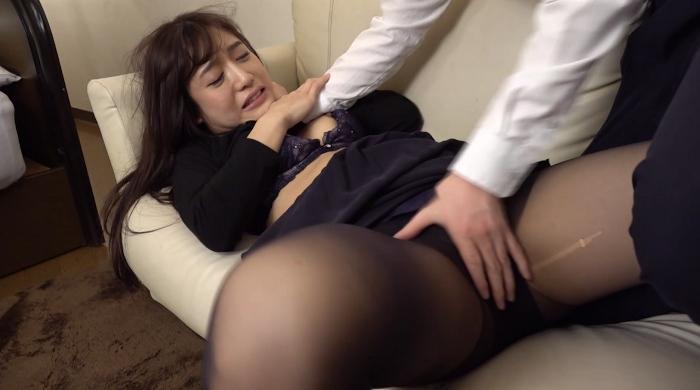 女の首を締めてセックス25