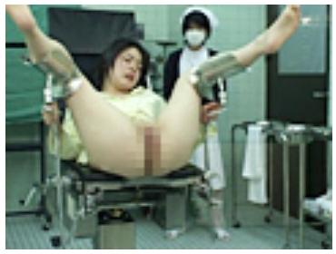 女性の泌尿器科で診察35
