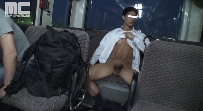 スーツ姿の人気モデル健介が帰宅中に痴漢に狙われる!28