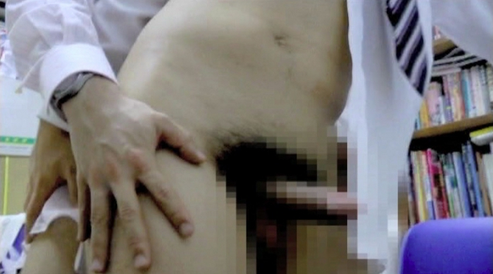 身体の一部がもっこり上場 株式会社 半裸77