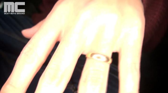 【新婚イケメンの若パパ】9ヵ月の娘がいる若パパ「武本直己」の初AVデビュー撮影!31