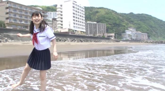 合田柚奈 天然・白桃ジュース1