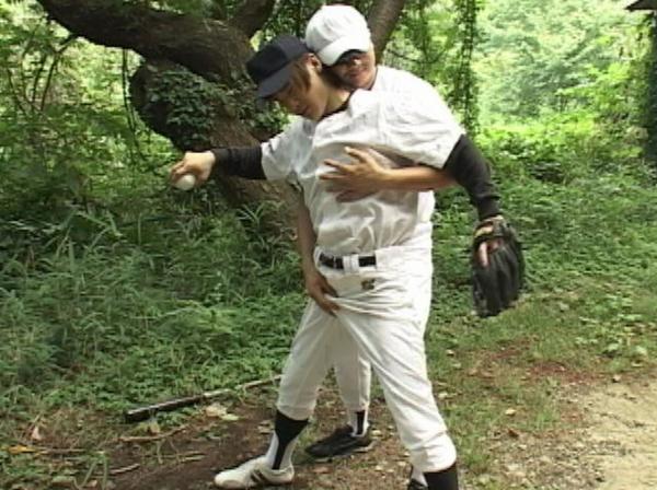 野球少年がコーチから性の野外特訓を受ける!51