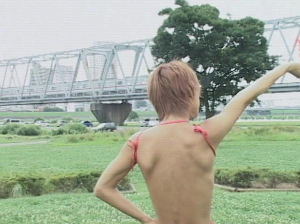 Yuu 色黒美少年、バブル嬢に変身!そして痴女に豹変!?33