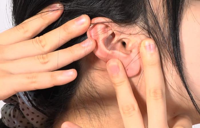 耳フェチ!耳穴観察2