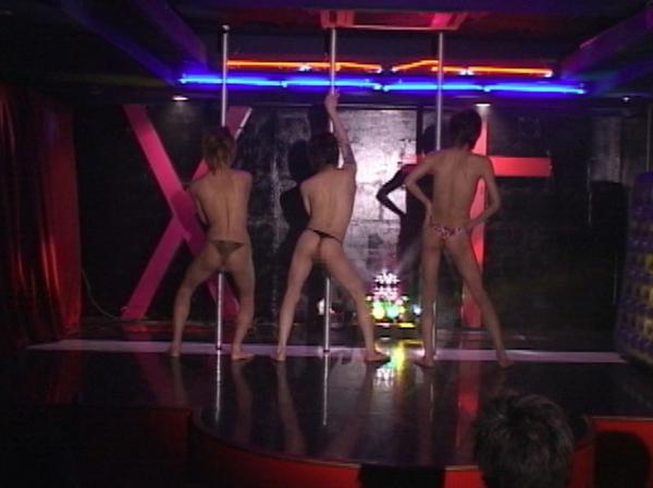 DDE2~イケメン三人によるポールダンスショー&3Pショー~23