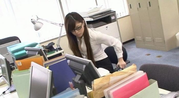 AROUND30未満 ジュン子さん 26才 地方TV局 噂の巨乳受付嬢!1