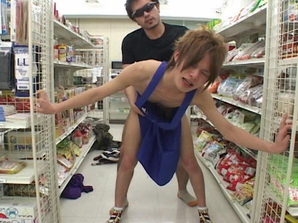 コンビニ店員が客に脅され性行為!店内でアナルファック!!13