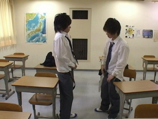 禁断の学園性活 -ジャニ系生徒2人とイケメン先生との3P-12