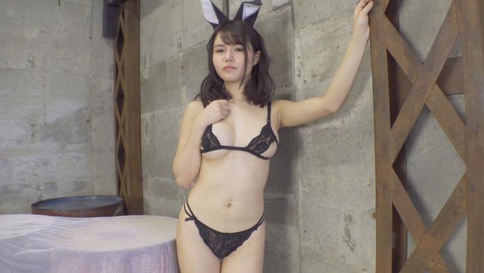成村あかね ムチムチ~初めて脱いじゃった~3