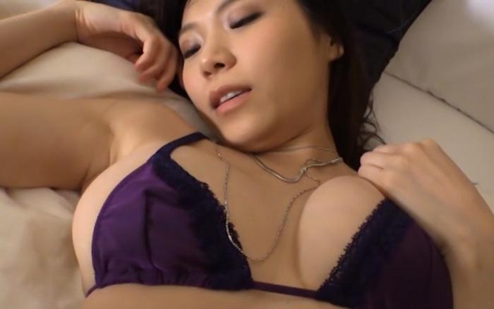 三井里彩 愛情表現~下手な私をどう思います?~25