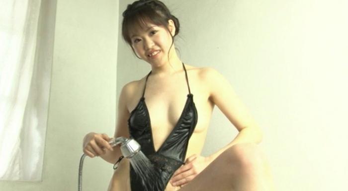 Fカップ純真アイドルのシースルーヌード 黒川みみ21