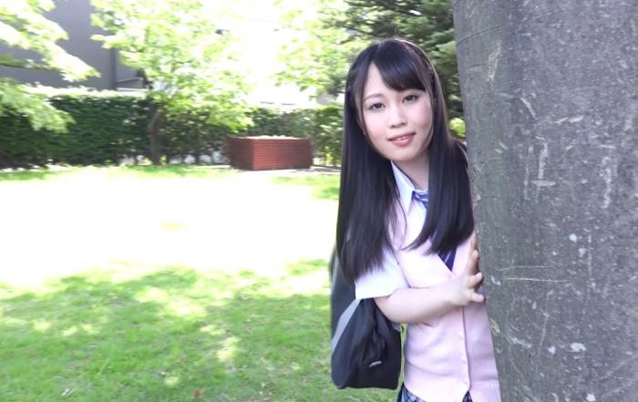 身長148cmEカップ、ほんわか美少女です。/仲川ゆきの1