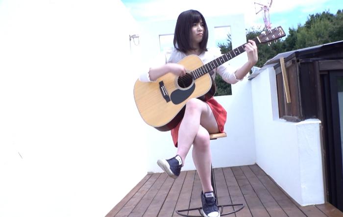 今急上昇中のシンガーソングライター 着エロデビュー 瀬名あやか1
