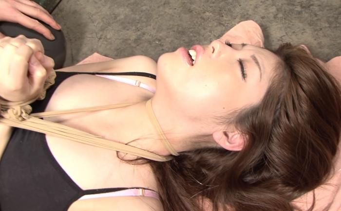 首吊り眼窩と爪先に揺れ密葬6