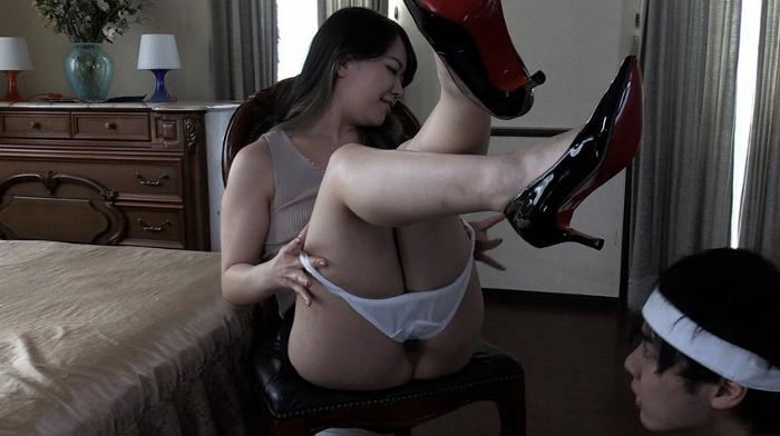 淫行女教師の強制食糞課外授業 及川貴和子4