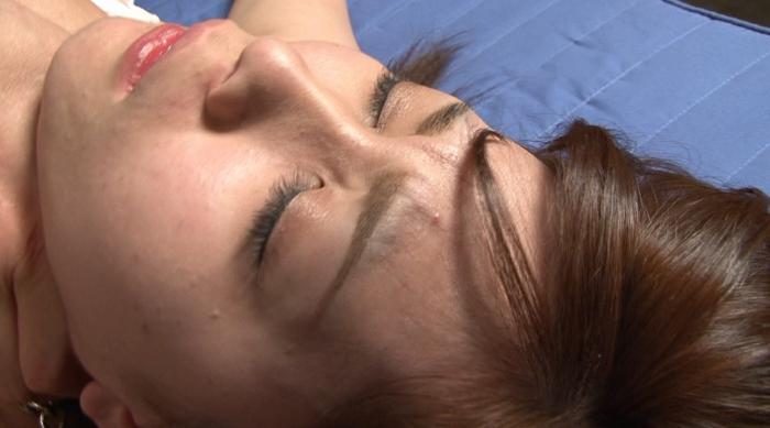 微睡み咽喉の嗚咽と咳嗽と性5