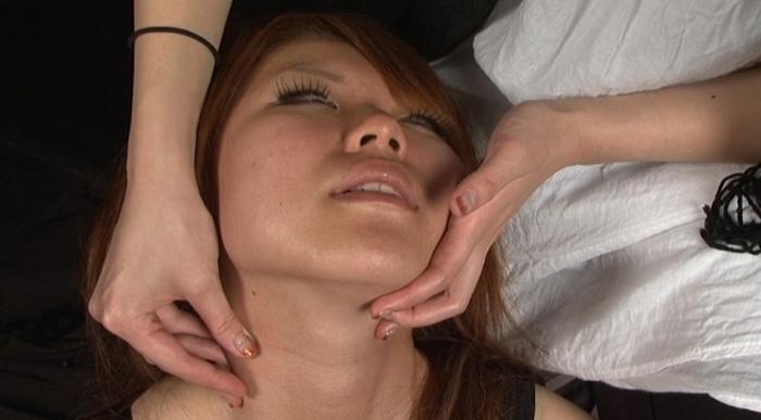 絞め動脈の連鎖に顔面と蒼白1