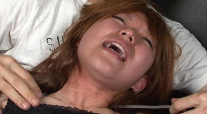 絞め動脈の連鎖に顔面と蒼白21