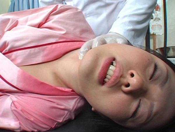 常に勃起ing Dr.クニの首絞め診断書13