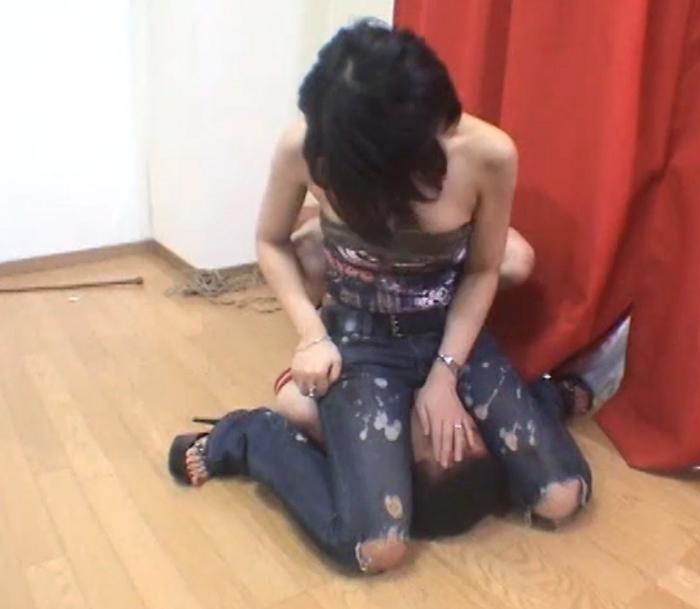美人女子大生刑罰官 流血・絶叫の拷問調教10