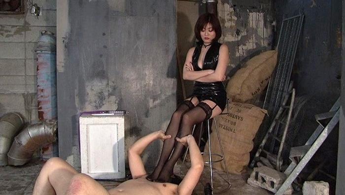 美脚女王による脚奴隷養成講座 伶佳女王様18