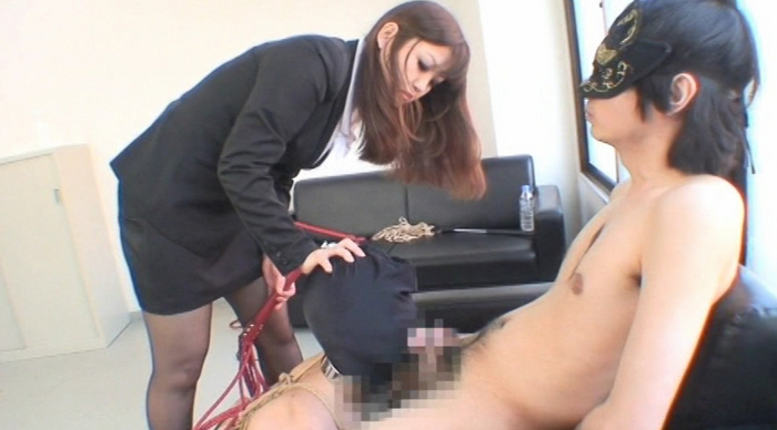 フェラチオ奴隷 プロとして認められるまでフェラチオをトレーニング! 監視員 夢月誠女王様8