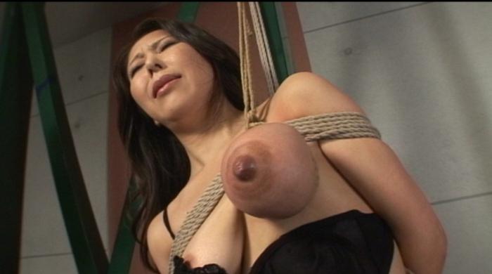 乳房拷問 おっぱい縄しぼり3