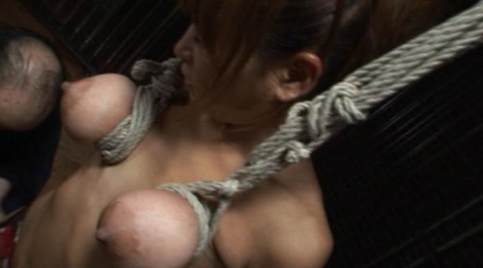 乳房拷問 おっぱい縄しぼり6