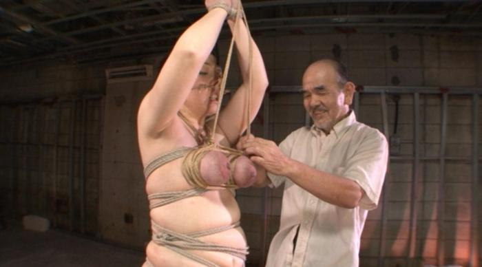 乳房拷問 おっぱい縄しぼり8